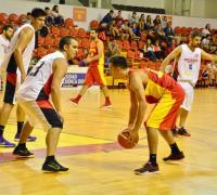Bruno Alvarez sobresalió al aportar 30 puntos en Sarmiento.