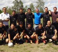El equipo de Las Águilas que logró el título por tercera vez.