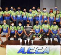 La asociación ciclista Amistad presentó las novedades para el grupo que ahora podrá entrenar en el circuito pavimentado_