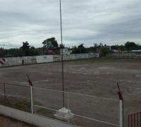 Estado del campo de juego de Belgrano de Sáenz Peña, donde deben disputar la final el local y Resistencia Central.