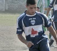 Mauricio Silva fue determinante en la goleada ferroviaria al marcar triplete.