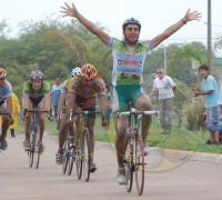 Cristian Leyes ganó en la quinta del Centrochaqueño