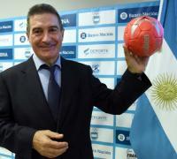 Manuel Cadenas,entrenador de la selección Los gladiadores