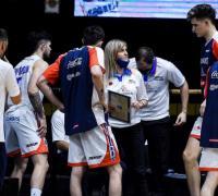 Laura Cors, nueva asistente de Bahía Basket, está encargada de la parte defensiva. (Foto: CABB)