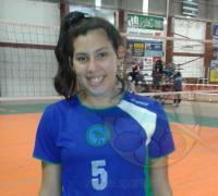 La jugadora de Puerto Tirol, Eliana Benítez, trabaja para ganarse un lugar en el plantel definitivo.