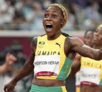 Elaine Thompson-Herah, primera en el triple podio jamaiquino