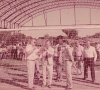 Foto inauguración Escuela Luis Barrio Cima de For Ever. Aqui junto al presidente Abraham Rabinovich