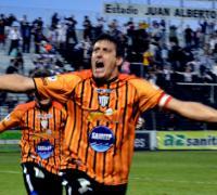 Aldo Visconti, el temible goleador hoy en 5 Fotos una Historia