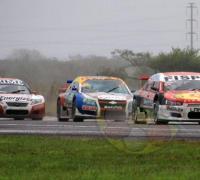 El Mitusbishi de Franco Girolami en punta en la final del Top Race V6.
