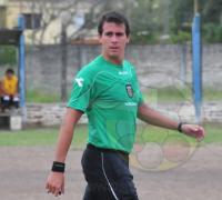 Guillermo González, el juez de Resistencia que tendrá otra exigente presentación en el fútbol de ascenso.