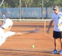 Inicio de actividades en la Escuela de Tenis de González King