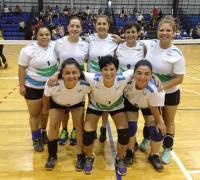 El equipo femenino de Impetus, listas para el juego