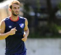 El uruguayo Iván Alonso aportará su capacidad ofensiva en los millonarios.