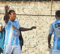 Andres Molina, el primer gol de Fontana