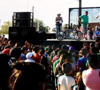 Sorteos de bicicletas en la fiesta del día del niño en Vilelas