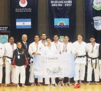 La selección chaqueña de karate logró el subcampeonato nacional en Río Gallegos.