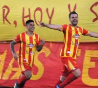 Gonzalo Cañete y Sebastián Parera serán los puntas de Sarmiento.