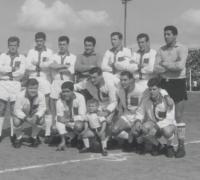 _Horacio Panelo en Quilmes 1961. El segundo hincado_