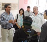 Capitanich, Nicoanor Moreno y Bittel, junto a colaboradores inspeccionando esta mañana el estado Raúl Gronda de Sarmiento.