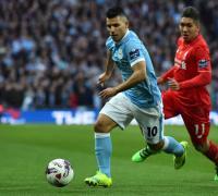 El Kun en la final ganada frente al Liverpool