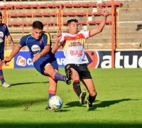Sarmiento alcanzó a Regional en el el Apertura local