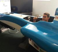 El chaqueño entrenando en el simulador