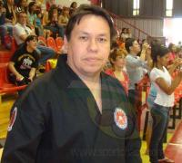 El MAestro Luis Borini trabaja en la organización del curso.