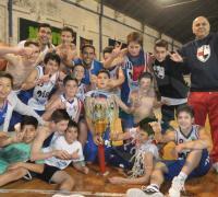 El plantel U13 de Villa que se consagró campeón del Provincial y va por nuevos logros.