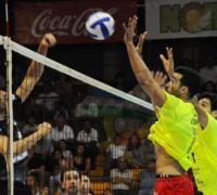 Cabrera, a fuerza de juego se gana la titularidad en Sarmiento Santana Textiles