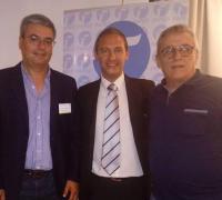 Willy Rodríguez y Carlos Bernasconi, junto al presidente de la FAPED Cristian Torino.