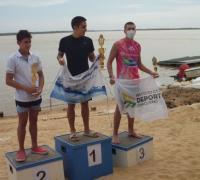 Ignación Zurlo en el podio de natación