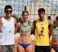 Jimena Martinez Fredes y Maia Vivas; Alejandro Alsina y Gonzalo Medina.