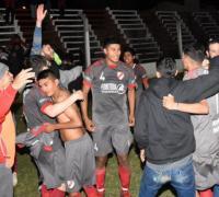 Festejo de Belgrano en los penales. Foto Eco Deportivo