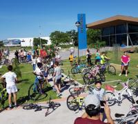 """Parada en el Parque de la Democraciía de """"Subite a la bici"""""""