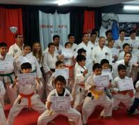 Nuevo gradudados en el Karate de For Ever