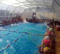 Los niños de la escuelita de natación de Regatas Resistencia