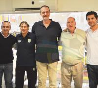De los Santos, Richiotti, Uranga, Bitte y Espil en una de las salas de Sarmiento