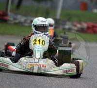 Agustín Gajate en el podio de la pre junior