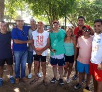 Julio Oscar Meza cumplio con el homenaje a los nadadores chaqueños