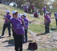 Pesca a orillas del río para adultos mayores