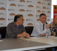 Oscar Brugnoli anunciando el Torneo de Pesca Internacional del Pacú Arrocero