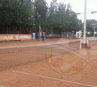 La práctica del tenis en REgatas Resistencie