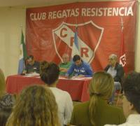 Roberto Dellamea sigue al frente de Regatas