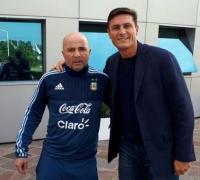 Jorge Sampaoli se reunió hoy con el ex capitán Javier Zanetti