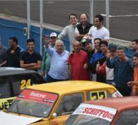 Máquinas y pilotos en las pruebas del Autódromo
