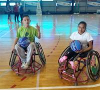 Basquet en silla de ruedas en el club Juventud