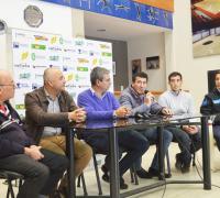 El Cìrculo de Periodistas Deportivos en la presentación de la caravana con el Pato Silva