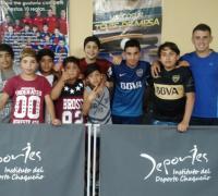 Jugadores de tenis de mesa en el Jaime Zapata