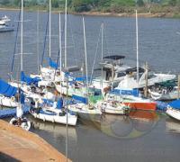 Veleros en acción el fin de semana en el mes de Corrientes