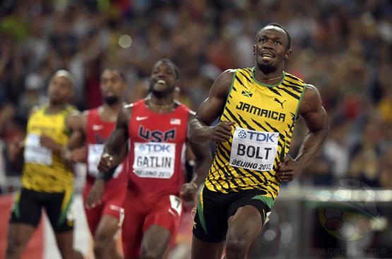 Usain Bolt vence a Gatlin